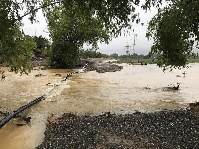 Đà Nẵng: Nước lũ bủa vây Hoà Vang - ảnh 4