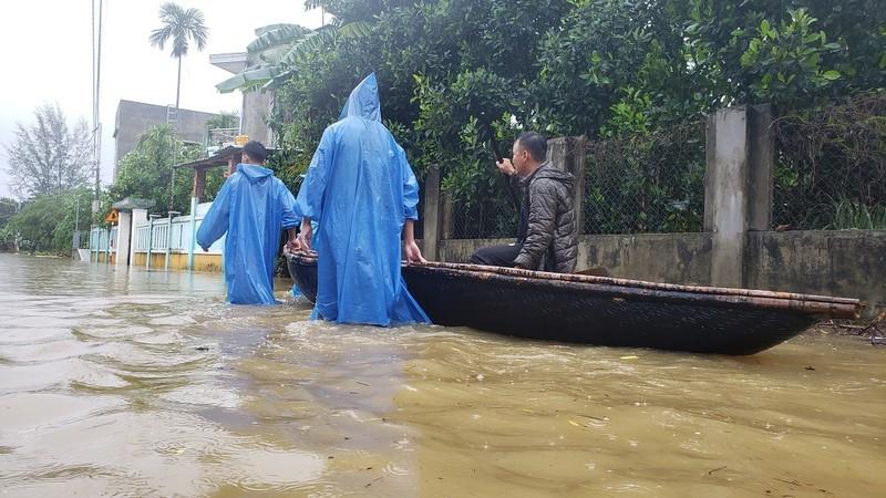 Đà Nẵng: Nước lũ bủa vây Hoà Vang - ảnh 1