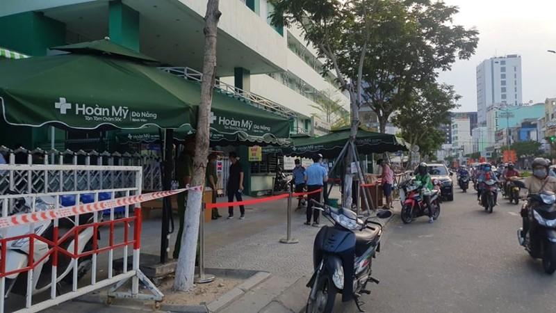 Cách ly một khách sạn liên quan ca nghi mắc COVID-19 ở Đà Nẵng - ảnh 1