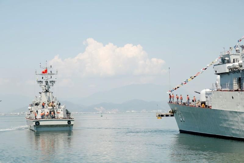 Bảo đảm công tác bầu cử cho lực lượng làm nhiệm vụ trên biển - ảnh 1