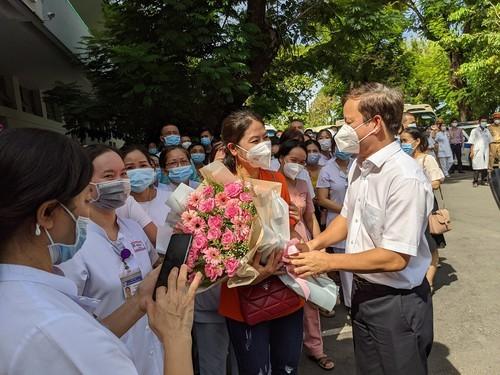 141 y bác sĩ Đà Nẵng và Huế tiếp tục lên đường chi viện TP.HCM - ảnh 2