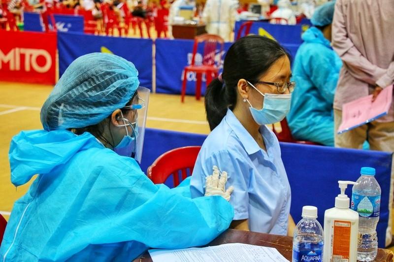 Đà Nẵng ưu tiên vaccine cho các 'điểm nóng' dịch bệnh - ảnh 1