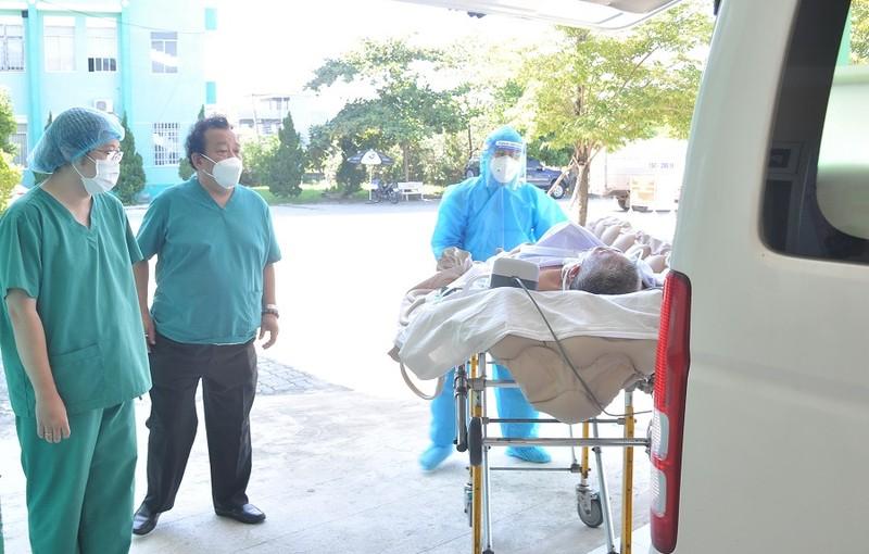 Đà Nẵng: Cứu sống 1 bệnh nhân COVID-19 bị tổn thương phổi rất nặng  - ảnh 1