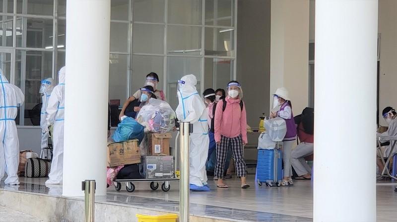 Đà Nẵng 'làm sạch' bệnh viện dã chiến - ảnh 1