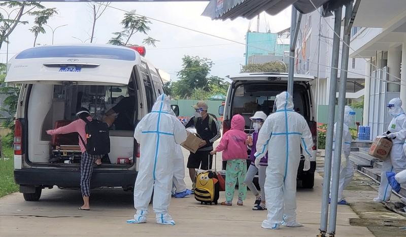 Đà Nẵng 'làm sạch' bệnh viện dã chiến - ảnh 2