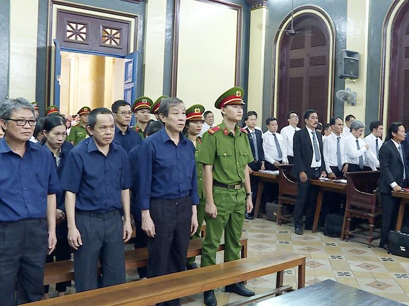 Đại gia Hứa Thị Phấn lãnh 30 năm tù - ảnh 1