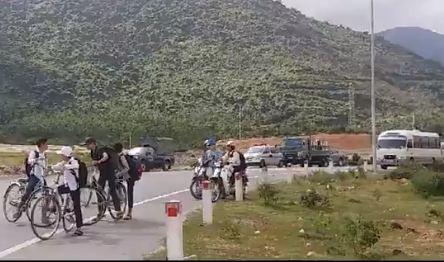 Điều tra vụ người dân chặn đường gây ách tắc quốc lộ 1A - ảnh 1