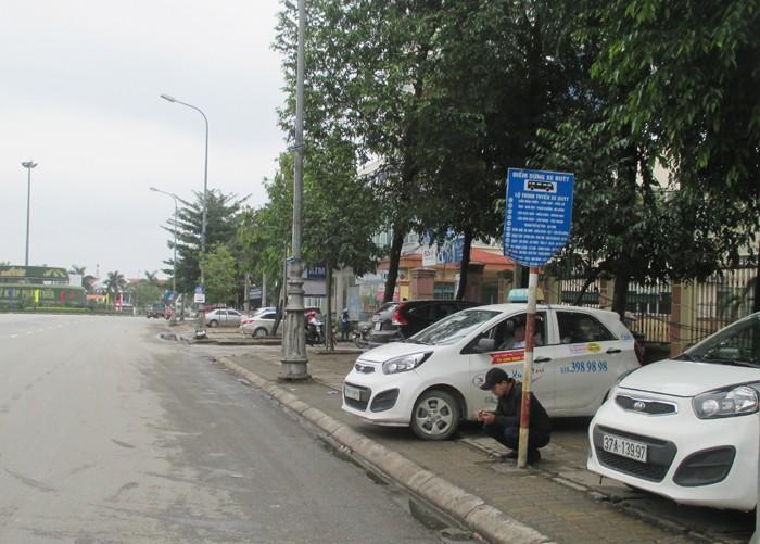 Kinh hoàng tài xế taxi bị giết, vứt xác để cướp xe - ảnh 3