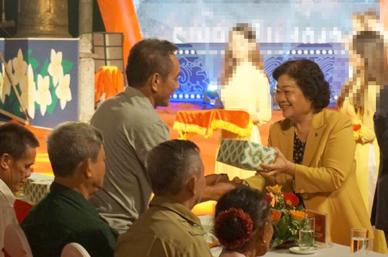 Xúc động thắp nến tri ân 'Khúc tráng ca Việt-Lào' - ảnh 3