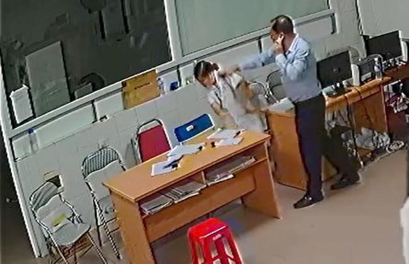 Vụ chủ tịch phường 'xách ghế': Phạt giám đốc 3,6 triệu - ảnh 1
