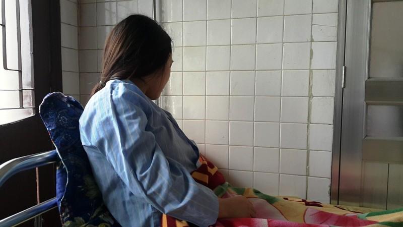 Cô giáo bị bắt quỳ yêu cầu xử lý cả hành vi làm nhục - ảnh 3