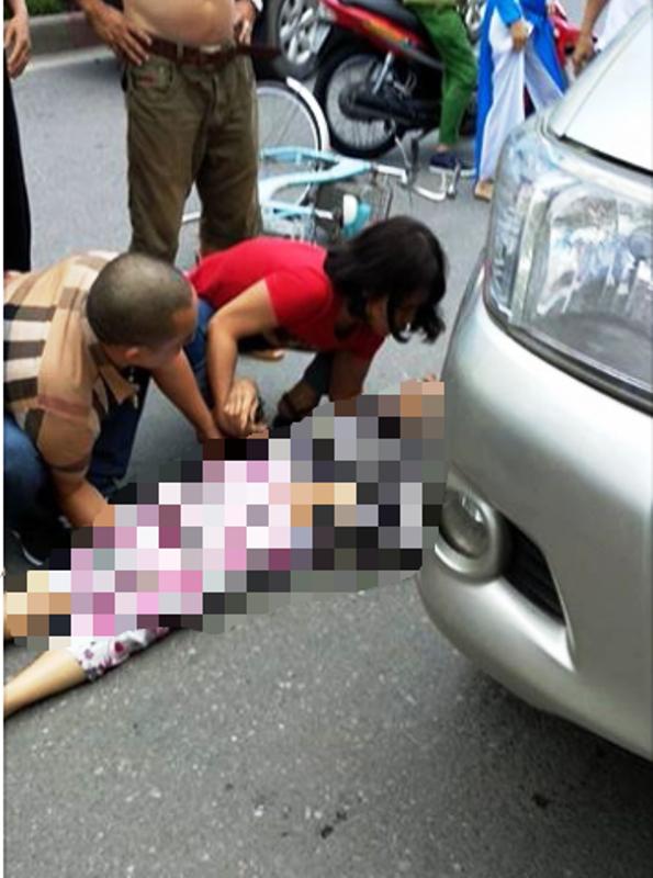 Tài xế lùi ô tô tông chết người sau khi chặn xe vợ, cự cãi - ảnh 2