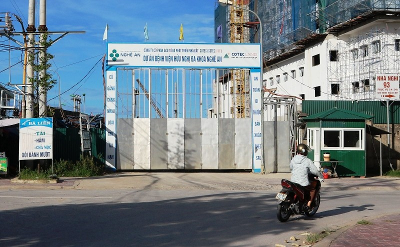Bịt đường giao thông để xây bệnh viện cổ phần - ảnh 3