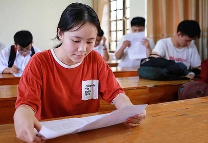 Cảnh cáo cán bộ Sở Giáo dục để lộ điểm thi 31.400 thí sinh - ảnh 1