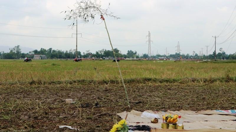 Hiện trường vụ điện giật chết 4 người dựng cột viễn thông - ảnh 11