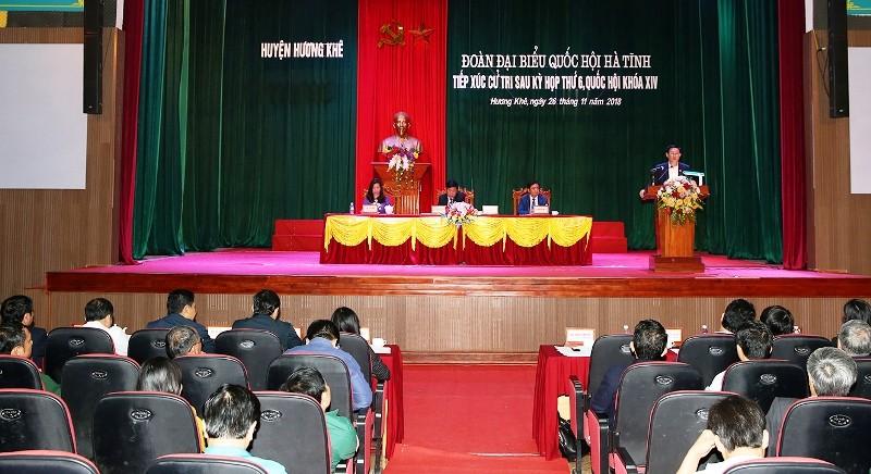 Phó Thủ tướng Vương Đình Huệ tiếp xúc cử tri ở Hương Khê  - ảnh 1