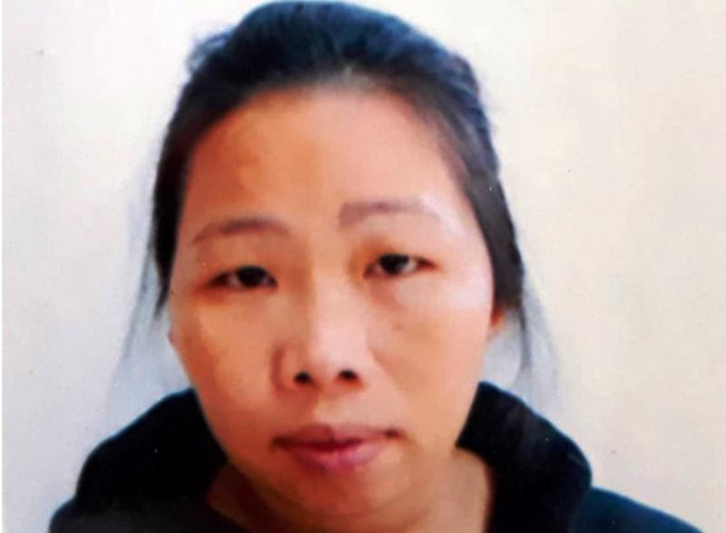 Sắm vàng giả vào bản làng lừa đưa trẻ em sang Trung Quốc - ảnh 1