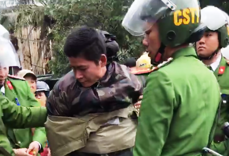 Người đàn ông đi hơn 300km để cướp túi của cô gái đi xe SH - ảnh 1