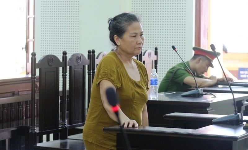 Nữ 'đại gia' vàng lừa 383 người, bị phạt tù chung thân - ảnh 1