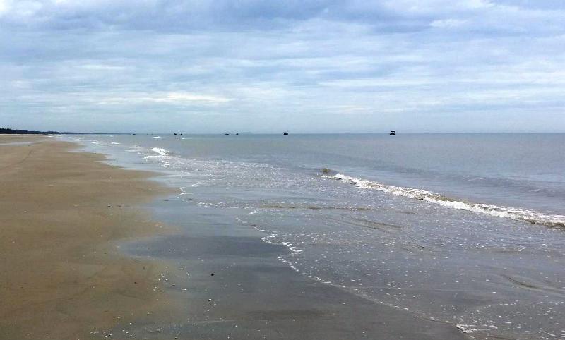 Tìm thấy thi thể học sinh 10 tuổi mất tích trên biển - ảnh 1