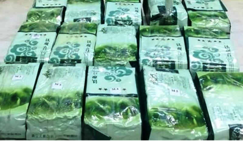 Bắt 3 người đưa 15 kg ma túy đá từ Lào vào TP Hồ Chí Minh  - ảnh 3