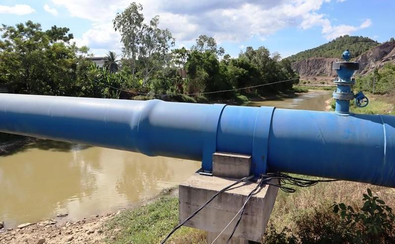 Nghệ An chậm phân xử vụ bơm nước sông Đào làm nước máy bán  - ảnh 2