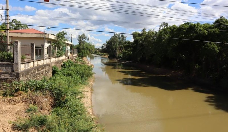 Vụ bơm nước sông ô nhiễm làm nước máy: Ngừng lấy từ sông Đào - ảnh 1