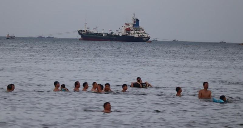Người mất tích khi tắm biển ở Cửa Lò là cán bộ của Bộ Y tế  - ảnh 1