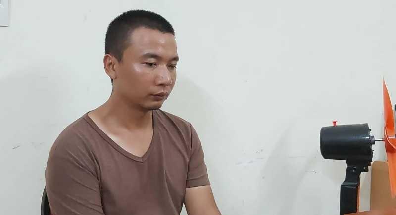 Ba người Trung Quốc làm giả thẻ ATM để rút trộm tiền - ảnh 1