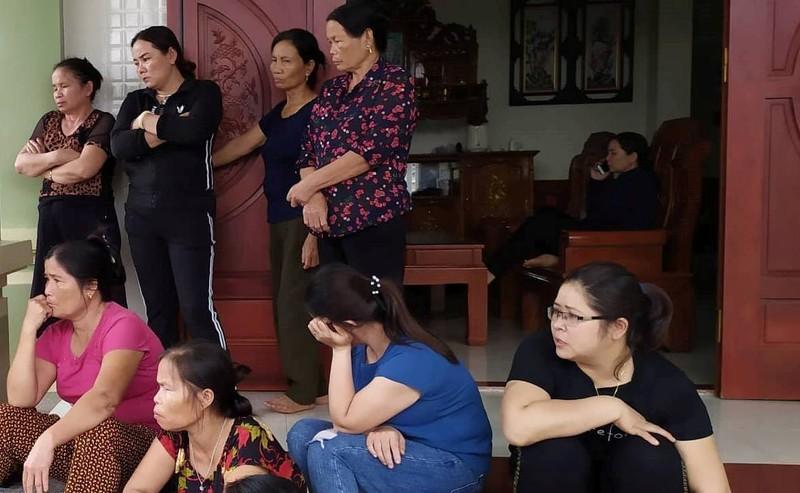 Nghệ An, Hà Tĩnh điều xe cứu thương ra Nội Bài nhận thi hài  - ảnh 2
