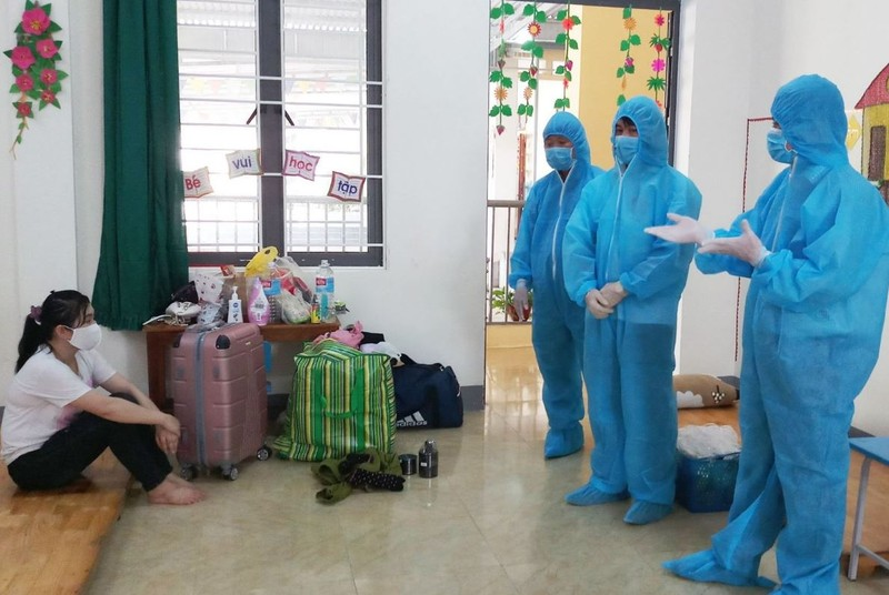 Cách ly hơn 1.700 người từ nước ngoài về qua Hà Tĩnh  - ảnh 1