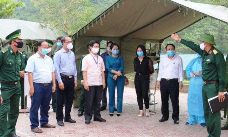 Nghệ An nói về danh sách 328 người từng điều trị ở BV Bạch Mai - ảnh 1