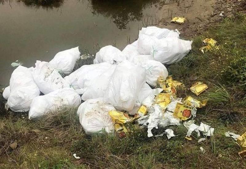 Kẻ thuê người vứt 500 kg ma túy đá bên đường lĩnh 42 tháng tù  - ảnh 2