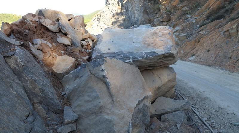 Cử tri kiến nghị đóng mỏ đá ở Đô Lương - ảnh 3