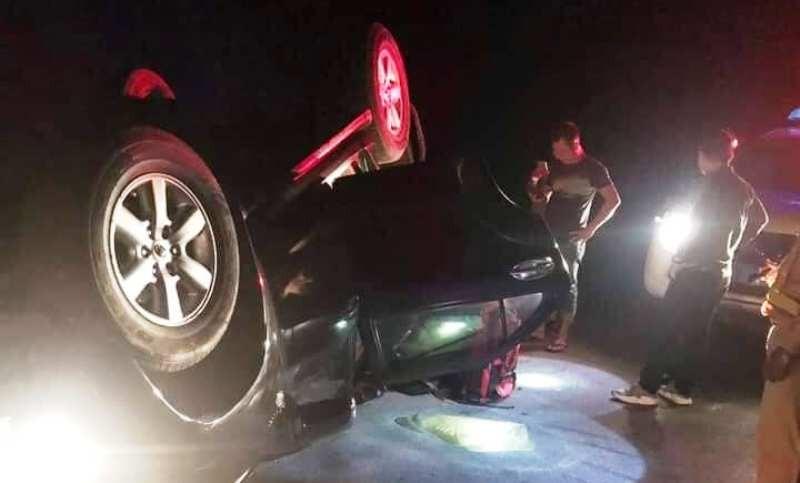 Trong xe Fortuner lật ngửa trên quốc lộ có 50 kg ma túy - ảnh 1