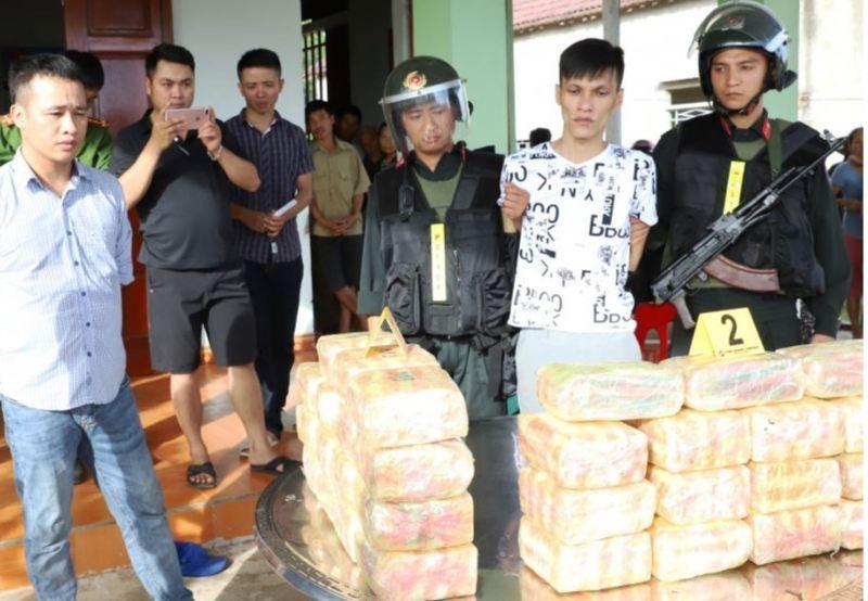 Vận chuyển thuê ma túy vào Bình Dương lấy 50-100 triệu đồng - ảnh 2