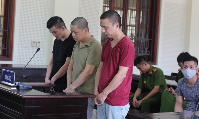 3 người Trung Quốc sang Việt Nam làm giả 316 thẻ ATM rút tiền  - ảnh 1