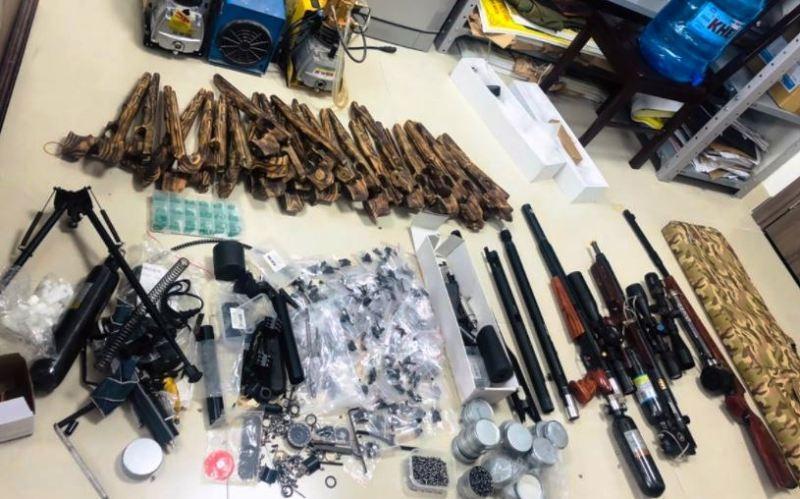 Thanh niên 23 tuổi chế tạo súng bị phạt 33 triệu đồng - ảnh 1