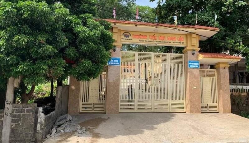 Tường rào trước cổng trường sập làm học sinh lớp 5 thiệt mạng - ảnh 1