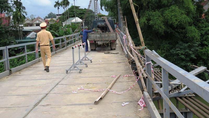 Cận cảnh nơi xảy ra vụ tai nạn thảm khốc 5 người tử vong - ảnh 4