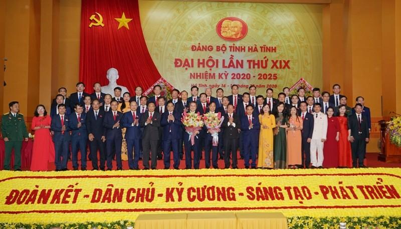 Công bố kết quả bầu Ban Chấp hành Đảng bộ Hà Tĩnh khóa XIX - ảnh 3