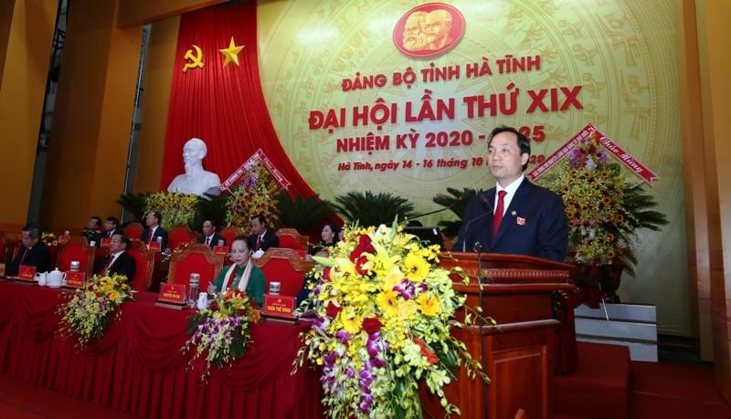 Công bố kết quả bầu Ban Chấp hành Đảng bộ Hà Tĩnh khóa XIX - ảnh 1