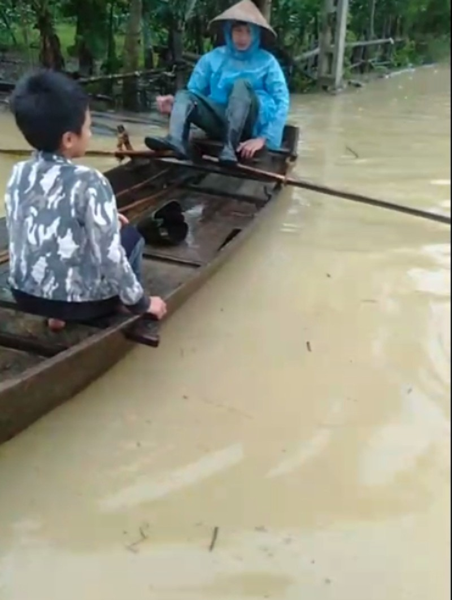 Hà Tĩnh  mưa lớn, nhiều nhà bị ngập, lên phương án sơ tán dân - ảnh 2