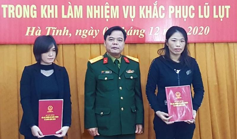 Vợ của 4 liệt sĩ đoàn 337 được tuyển dụng vào quân đội  - ảnh 2