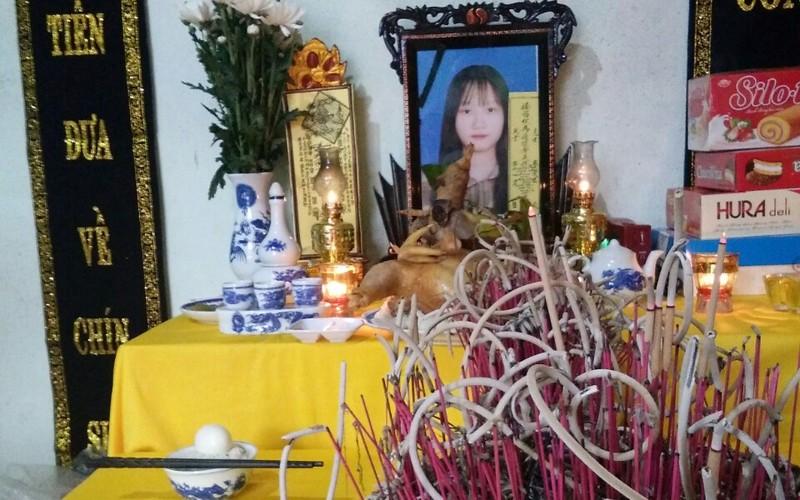 Con gái bị xe tải tông tử vong và vé thương gia giúp người cha - ảnh 3