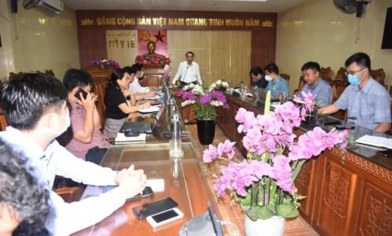 Nghệ An họp khẩn để chi viện lực lượng y tế cho Hà Tĩnh - ảnh 1