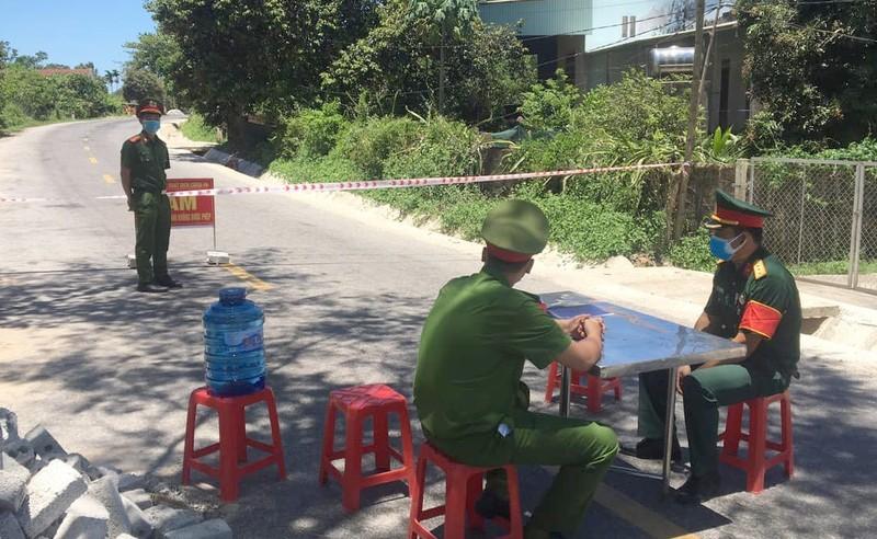Tìm người liên quan đến tài xế chở vải thiều từ Bắc Giang vào Đà Nẵng - ảnh 1