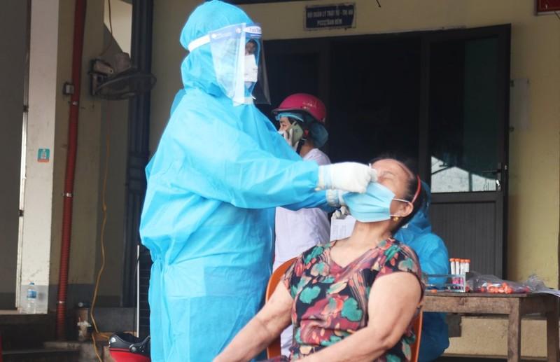 2 phụ nữ bán hàng ở chợ đầu mối TP Vinh dương tính với SARS-CoV-2 - ảnh 2