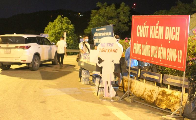 Chạy xe hơi vào Đồng Nai đón người về quê, dương tính COVID-19 - ảnh 1