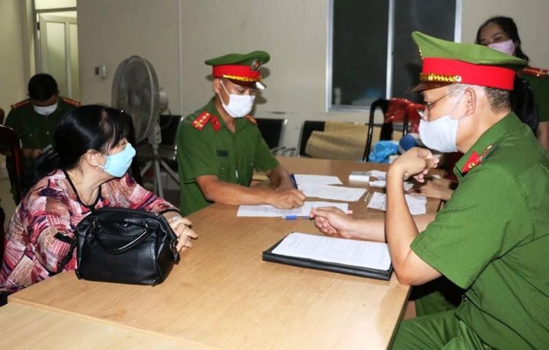 Khởi tố vợ chồng giám đốc Công ty Minh Khang về tội lừa đảo  - ảnh 1